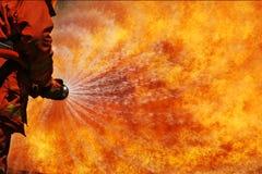 Sapador-bombeiro no treinamento imagens de stock royalty free