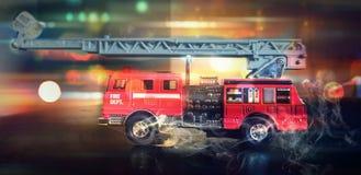 Sapadores-bombeiros à cena imagens de stock