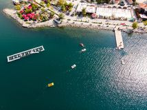Sapanca jezioro w Sakarya, Turcja, Pedalo/ zdjęcia royalty free