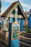 Sapanta快活的公墓, Maramures,罗马尼亚 那些公墓是独特的在罗马尼亚和在Th 免版税库存图片