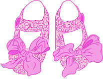 Sapatas de bebês cor-de-rosa Fotografia de Stock
