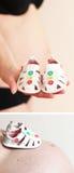 Sapatas de bebê para a menina Fotos de Stock Royalty Free