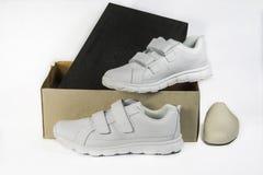 Sapatas de couro brancas Imagem de Stock