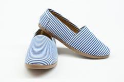 Sapatas do azul das alpergatas Fotografia de Stock Royalty Free