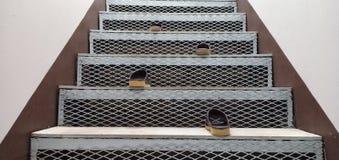 Sapatas e escadas fotografia de stock royalty free