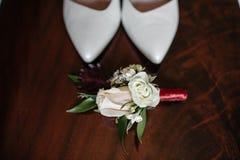 Sapatas elegantes do casamento fotos de stock