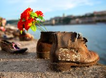 Sapatas no embarkment de Danúbio Imagem de Stock Royalty Free