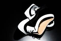 Sapatas preto e branco da dança Imagens de Stock