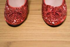 Sapatas Sparkly vermelhas Fotografia de Stock