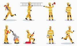 Sapeur-pompier aux caractères de vecteur de bande dessinée de travail réglés illustration stock