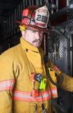 Sapeur-pompier Portrait dans la vitesse d'assemblée Photographie stock libre de droits