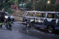 Sapeurs-pompiers au travail photographie stock libre de droits