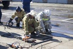 Sapeurs-pompiers au travail photo libre de droits