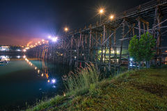 Saphan Mon Sangkhla Buri Ταϊλάνδη τη νύχτα Στοκ φωτογραφίες με δικαίωμα ελεύθερης χρήσης