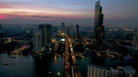 Saphan Taksin most w Bangkok Tajlandia zbiory