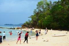 Sapi wyspy brzeg w Sabah, Malezja Zdjęcia Stock
