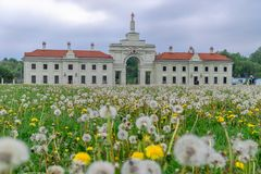 Sapiega宫殿的被重建的部分在Ruzhany,白俄罗斯 库存照片