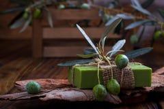 Sapone fatto a mano dell'olio d'oliva Immagini Stock