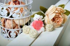 Sapone Handmade Sotto forma di orsi Fiori rosa Fotografie Stock