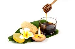 Sapone, miele per pelle sana. fotografia stock libera da diritti