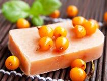 Sapone naturale dell'olivello spinoso Immagini Stock Libere da Diritti