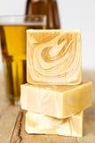 Saponi della birra, sapone naturale casalingo Immagini Stock Libere da Diritti