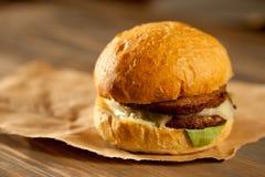 Sappige Hamburger stock fotografie