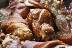 Sappige stukken van vlees in olie Stock Foto's