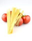 Sappige tomaten met deegwaren Stock Fotografie