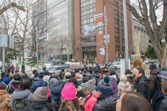 Sapporo Japan - Februari 2017: Den 68th festivalen för Sapporo snö på Odori parkerar Royaltyfria Bilder