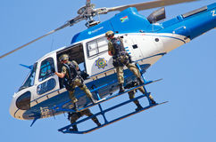 SAPS Eurocopter helicopter and task force di Stock Image