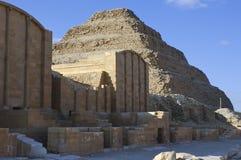 Saqqarapiramide in Giza, Kaïro, Eqypt stock afbeeldingen