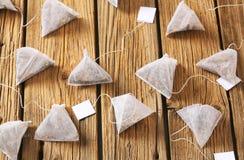 Saquinhos de chá da pirâmide Fotos de Stock Royalty Free