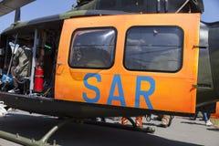 SAR söker och räddar dörren från en helikopter för tysk armé Arkivfoto