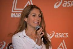 Sara Hall den amerikanska maratonlöparen deltar i en presskonferens Fotografering för Bildbyråer