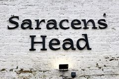 Saracenu Kierowniczy pub w Towcester fotografia royalty free