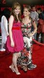Sarah Michelle Gellar och Amber Tamblyn Royaltyfri Foto