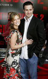 Sarah Michelle Gellar och Freddie Prinze Jr Fotografering för Bildbyråer