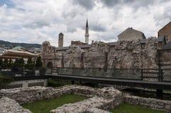 Sarajevo, Bośnia i Herzegovina, Bascarsija, Zegarowy wierza, Gazi Błagamy meczet, Taslihan, karawanseraj obrazy royalty free