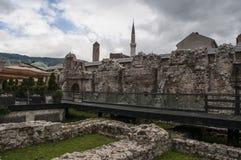 Sarajevo, Bośnia i Herzegovina, Bascarsija, Zegarowy wierza, Gazi Błagamy meczet, Taslihan, karawanseraj fotografia stock