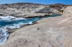 sarakiniko milos νησιών των Κυκλάδων Ελλάδα παραλιών Στοκ Εικόνες