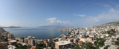 Sarandë, panorama dell'Albania Fotografie Stock Libere da Diritti