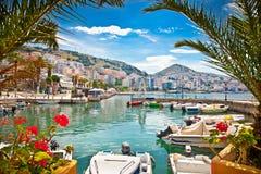 Saranda-` s Hafen in ionischem Meer albanien Stockbilder