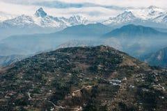 Sarangkot小山和Machapuchare,尼泊尔 免版税库存图片