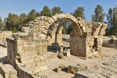 Saranta Colones城堡废墟在帕福斯,塞浦路斯 免版税库存照片