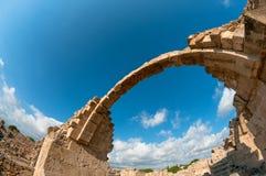 Saranta Kolones城堡废墟  帕福斯,塞浦路斯 免版税库存照片