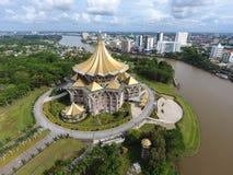 Sarawak påstår lagstiftande församlingbyggnad i Kuching, Sarawak, Malaysia - serie 2 Fotografering för Bildbyråer