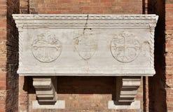 Sarcófago medieval antigo em Veneza fotografia de stock