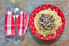Sardinas y espaguetis Imagen de archivo