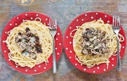 Sardiner och spagetti Arkivfoton